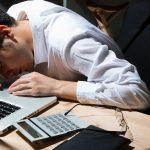 過労死から身を守る!残業が80時間以上の「過労死ライン」なら要注意
